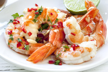 Chargrilled prawns with lime and chilli
